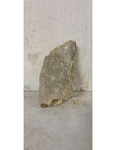 Ancient stone 16,900Kg